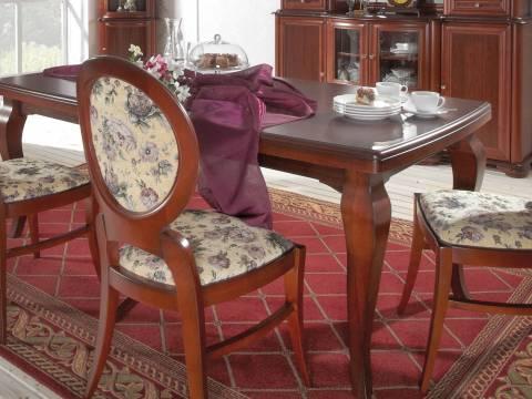 Klasické stoly