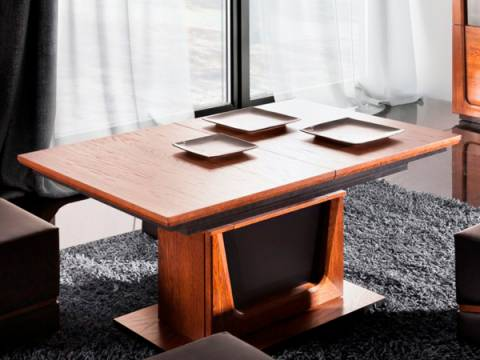 Konferenční stolky a stolky