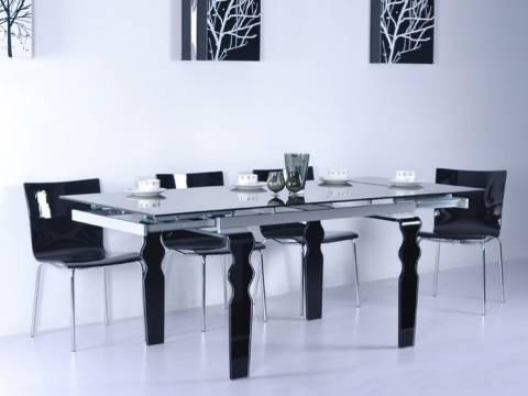 Skleněné stoly